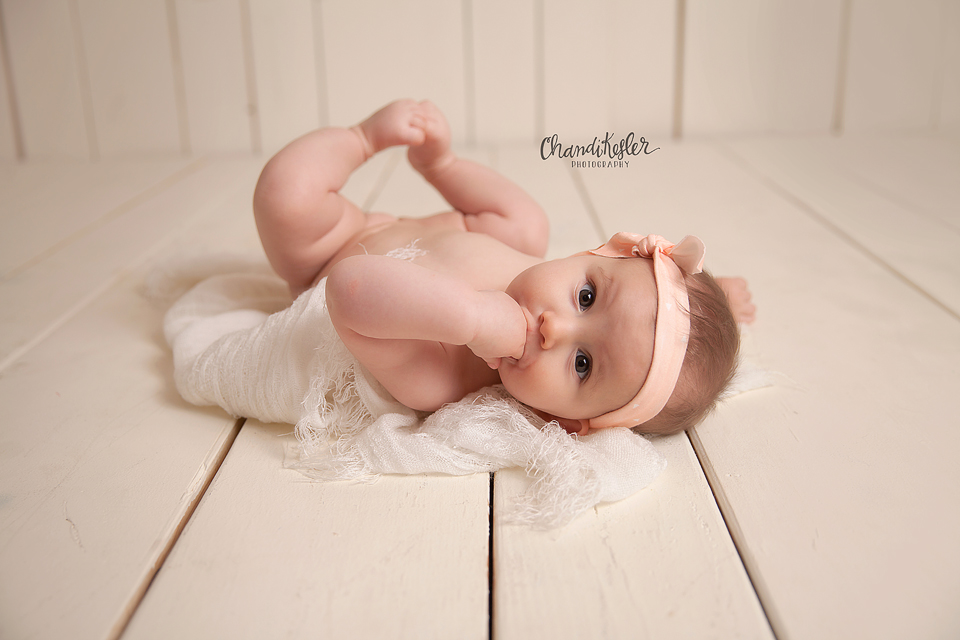 Washington Illinois Baby Photographer.jpg
