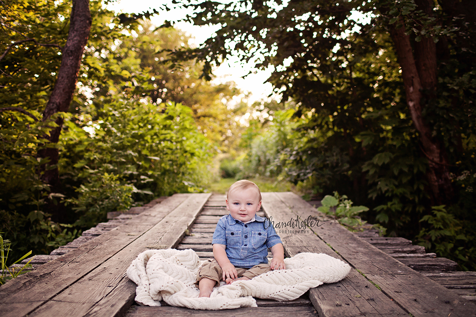 Gridely Baby Photographer - one year outdoor session ideas