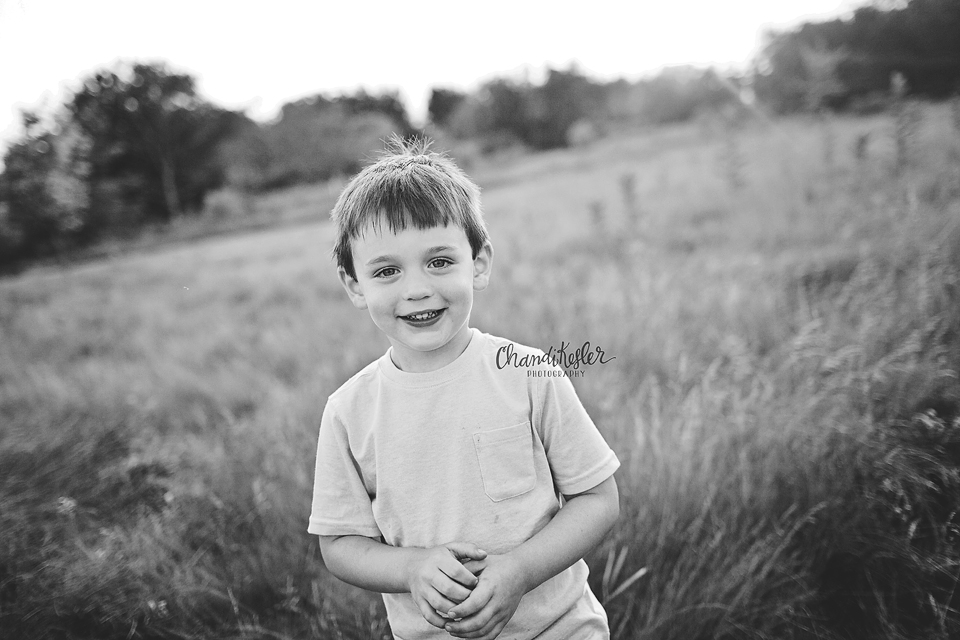 Gridely Baby Photographer - 3 year old session ideas