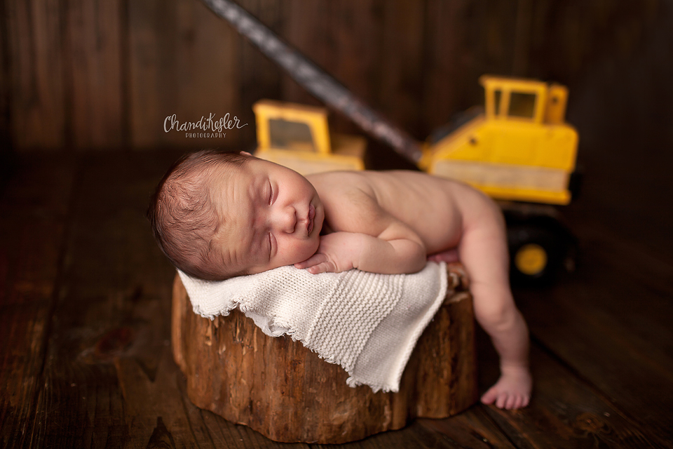 Clinton Illinois Newborn Photographer - Newborn prop pose ideas