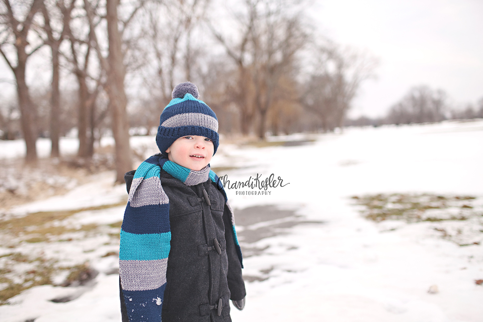 Savoy Photographer | | 3 Year Old Session | Crestwicke Golf Course | Chandi Kesler Photography