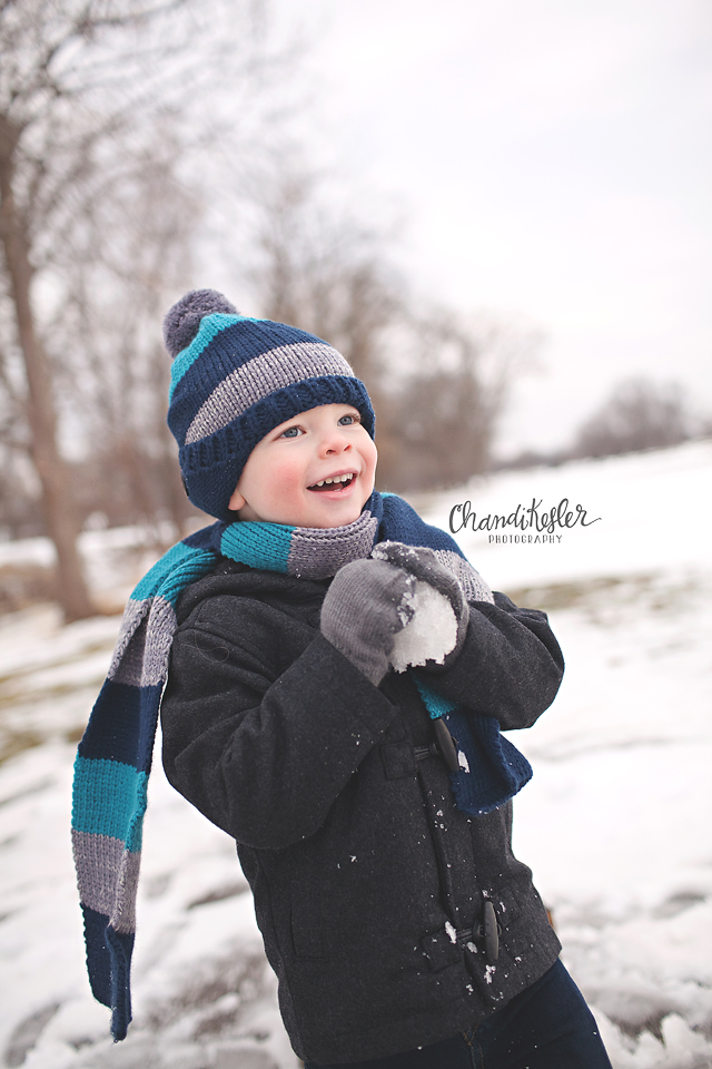 Savoy Photographer     3 Year Old Session   Crestwicke Golf Course   Chandi Kesler Photography