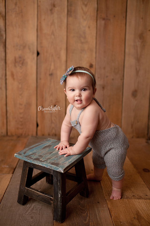 9 month baby session | Streator IL Photographer | Chandi Kesler Photography | Bloomington IL