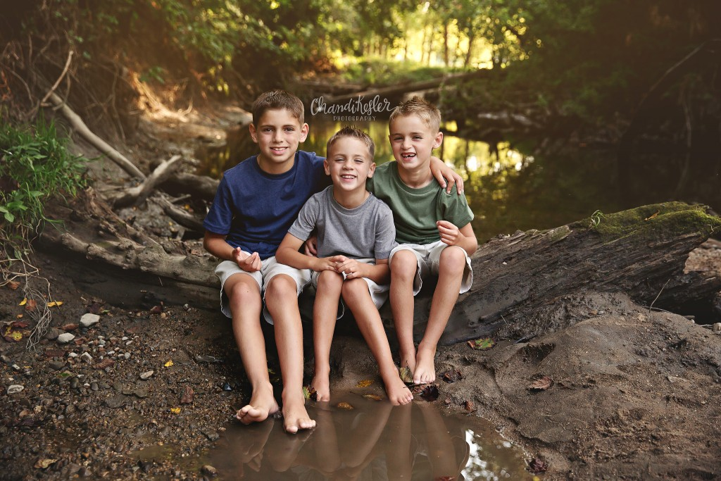 Creek Photo Session - Champaign Photographer