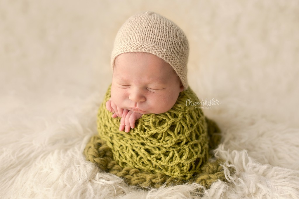 Newborn Photographer Clinton IL | Potato Sack Pose | Chandi Kesler Photography