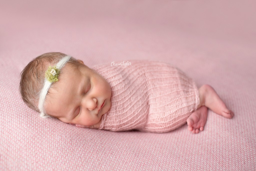 Clinton IL Newborn Photographer | Chandi Kesler Photography | side lying pose