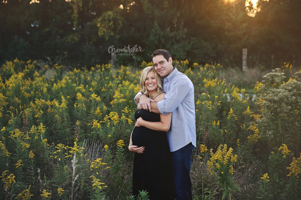 Rural Fall Maternity session | Bloomington IL photographer | Chandi Kesler photography