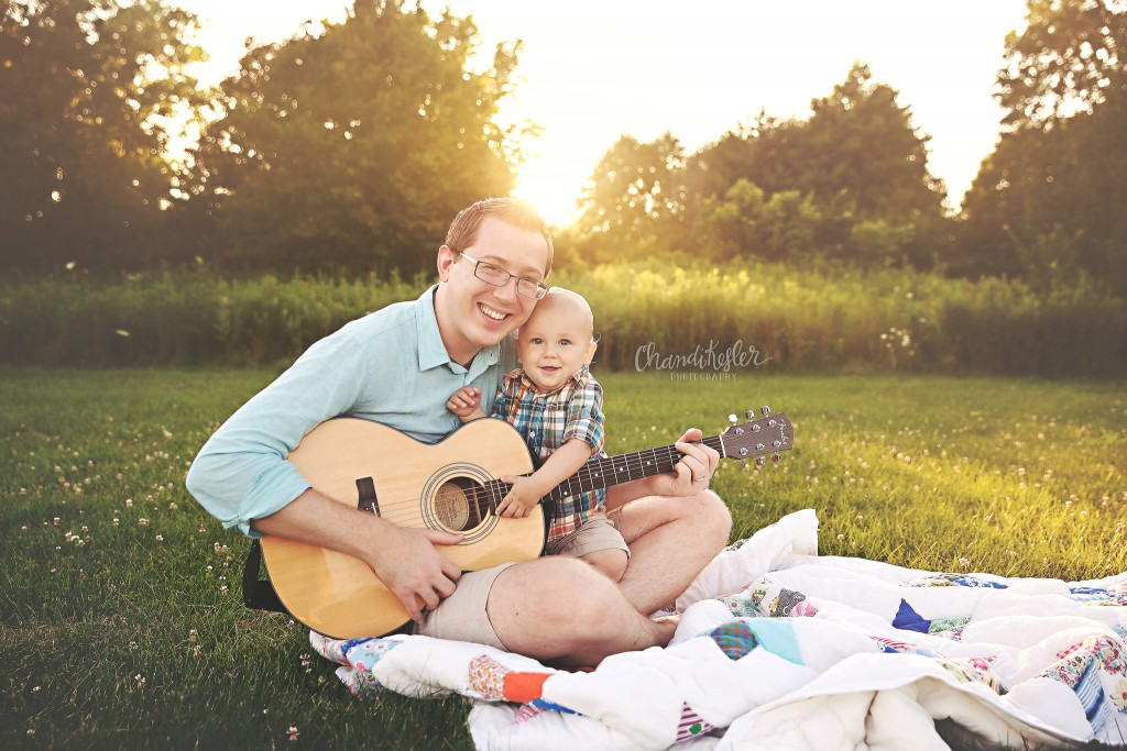 Baby Playing guitar | Champaign IL Family Photography Session | Chandi Kesler Photography | one year photos