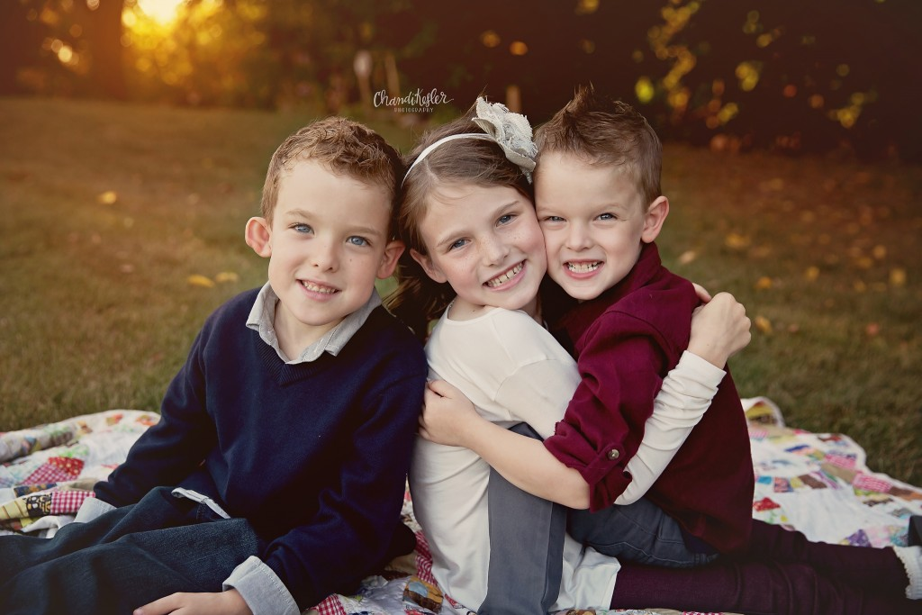 sibling photo poses | fall child photos | Kankakee IL Photographer