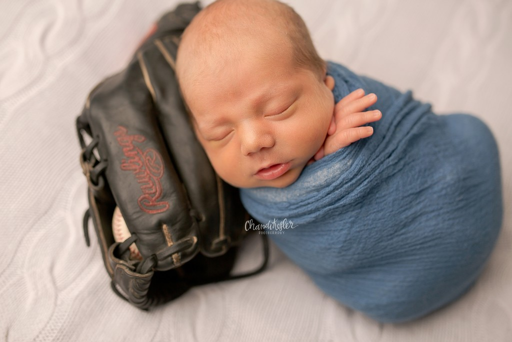 Newborn with Baseball Glove | Peoria IL Photographer | chandi Kesler Photography