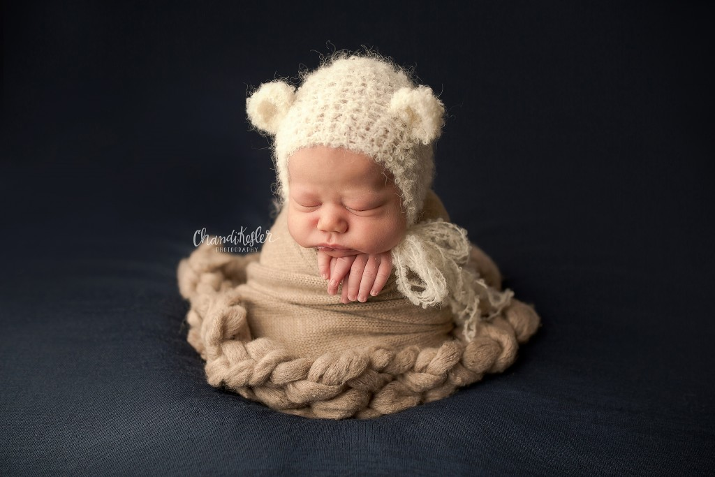 Morton IL Photographer | Chandi Kesler Photography | newborn potato sack pose