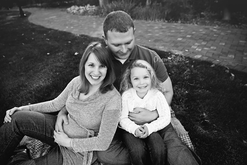 Family Maternity Session | Ewing Castle | Central IL Photographer