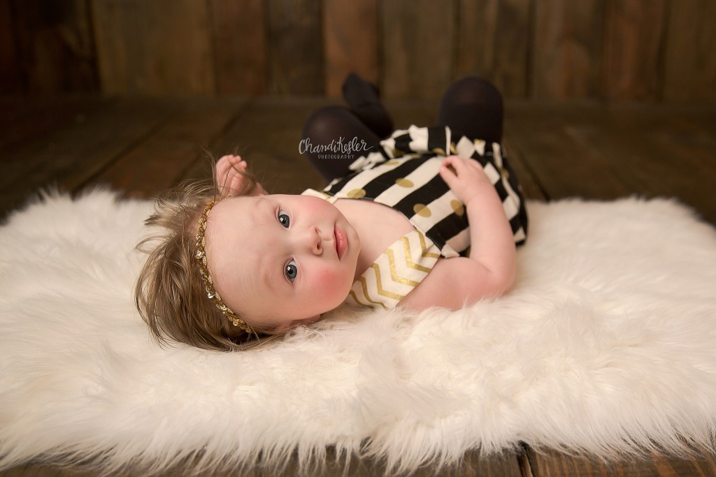 6 month old photography session | Chandi Kesler Photography | Decatur IL Photographer
