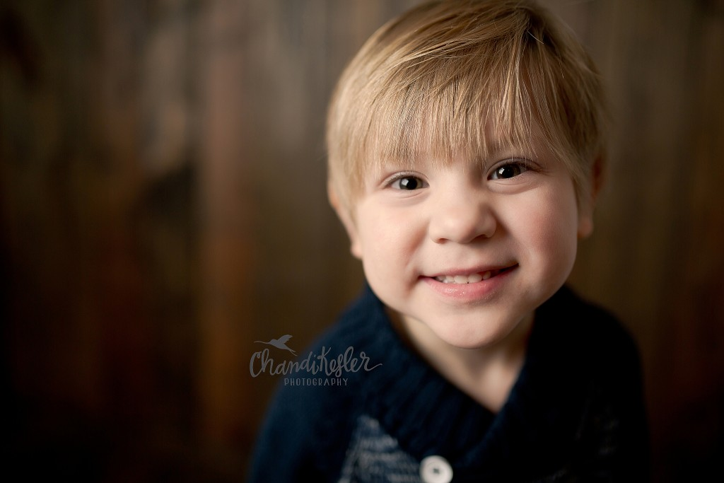 Mt. Zion IL Photographer | Chandi Kesler Photography | 3 year old child session