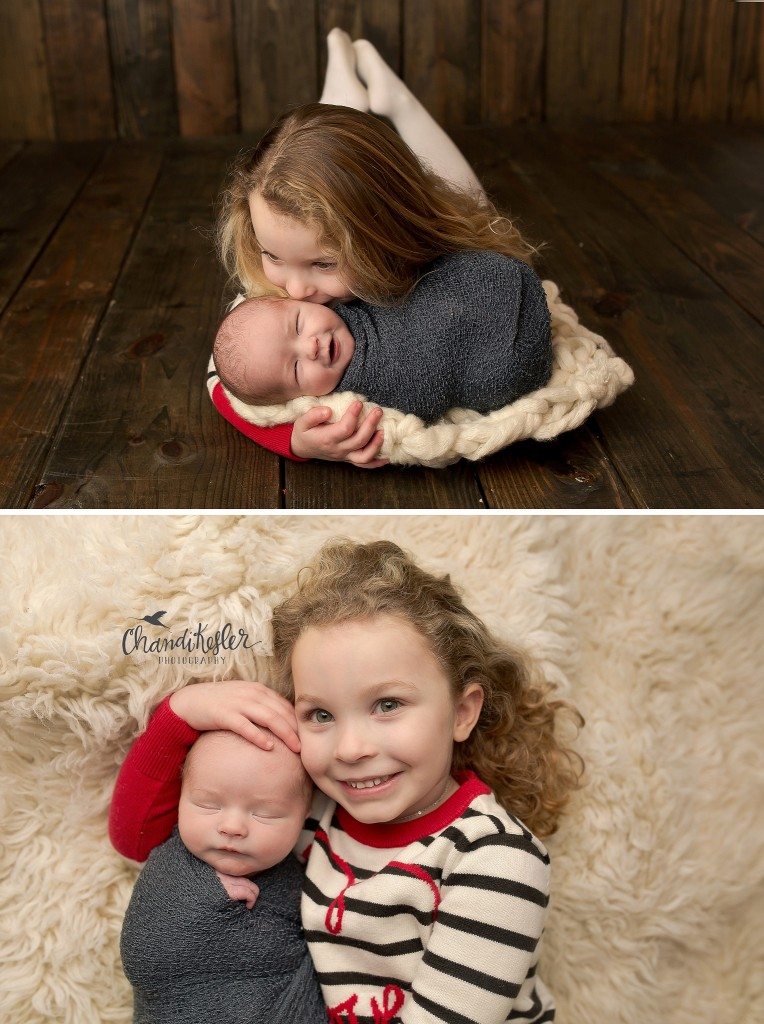 Best newborn photographer central il | Chandi Kesler Photography | Newborn sibling poses