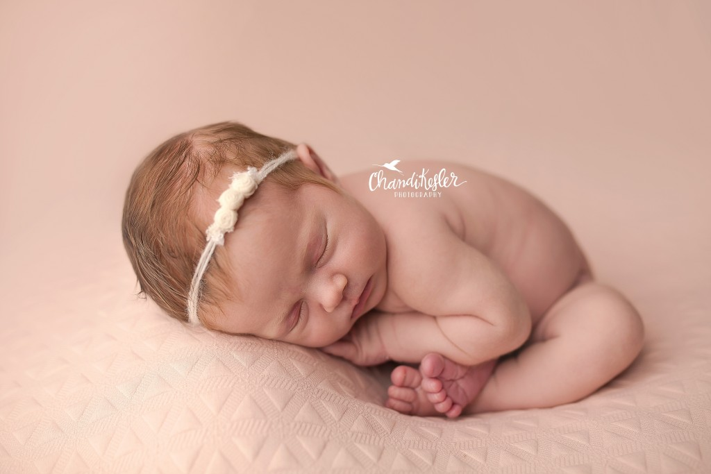 Mahomet-IL-Newborn-Photographer | Chandi Kesler | Taco Pose