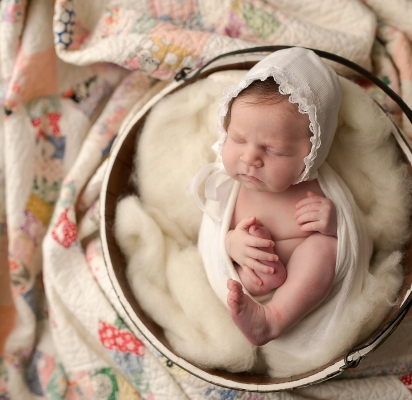 Danvers IL Newborn Photographer | Chandi Kesler Photography
