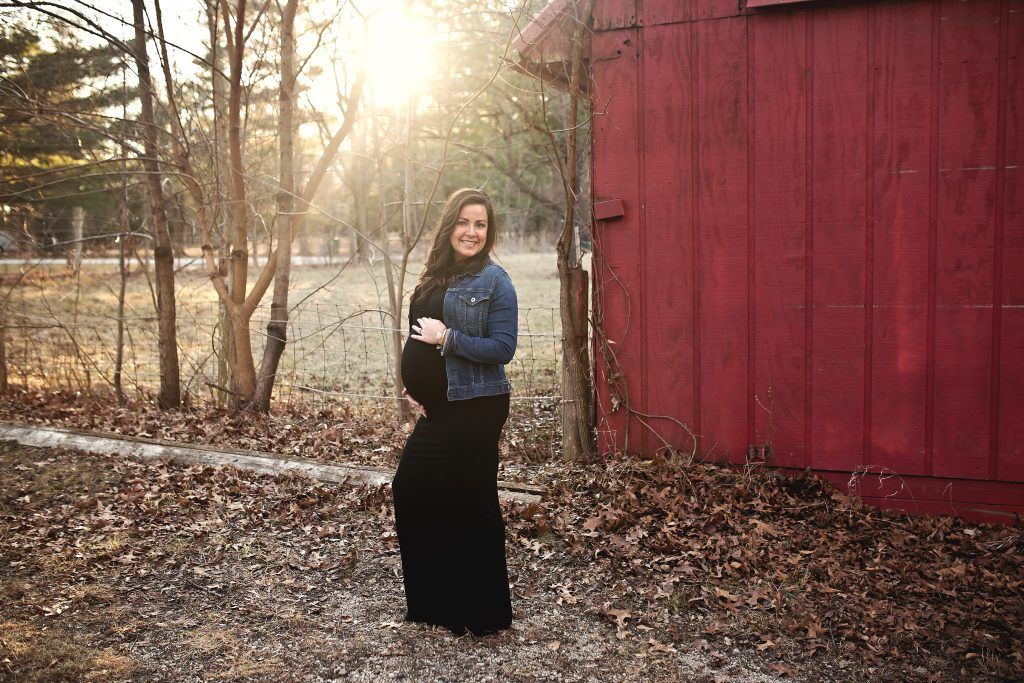 maternity photographer clinton il | Chandi kesler photography | Danville IL Photographer