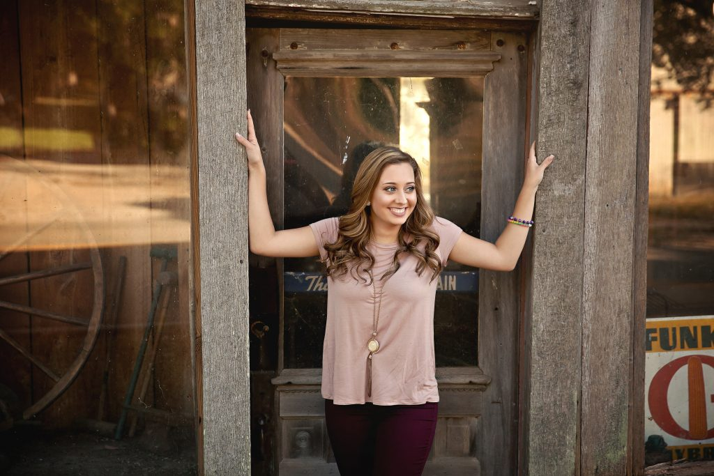 Clinton IL Senior Photographer | Chandi Kesler Photography | Downs IL High School Photographer