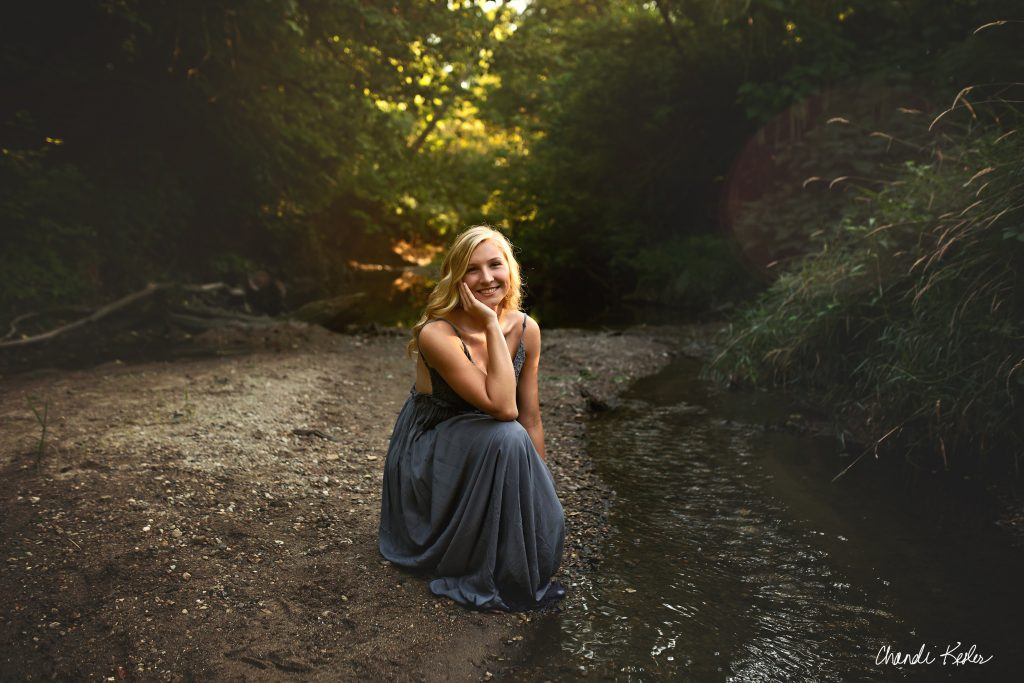 Senior Creek Pictures | High School Senior photographer Bloomington IL | Chandi Kesler Photography