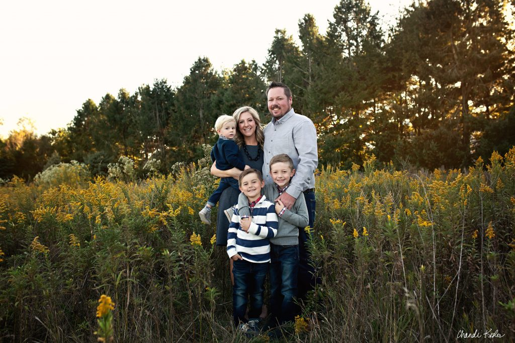 East Peoria IL Family Photographer | Chandi Kesler | Family of 5 Photo ideas