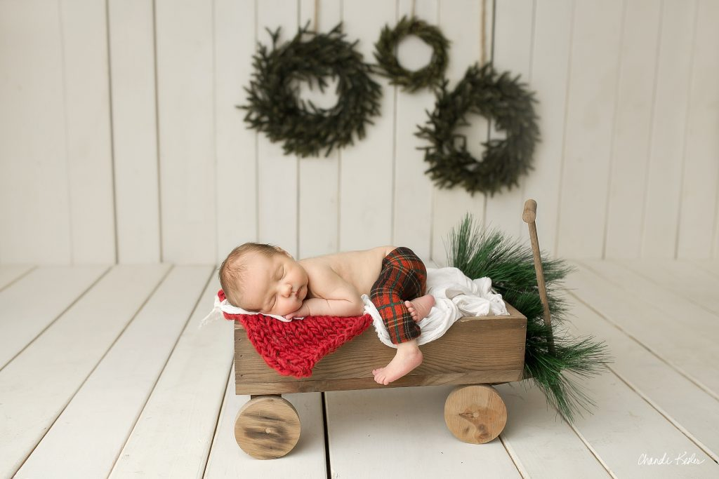 Clinton IL Newborn Photographer | Christmas Newborn Session | Chandi Kesler Photography